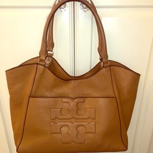 Tory Burch Bombe T Leather Bag